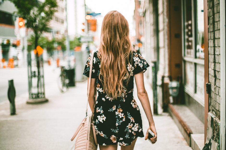 Fashionable Women Loves to Wear Dresses